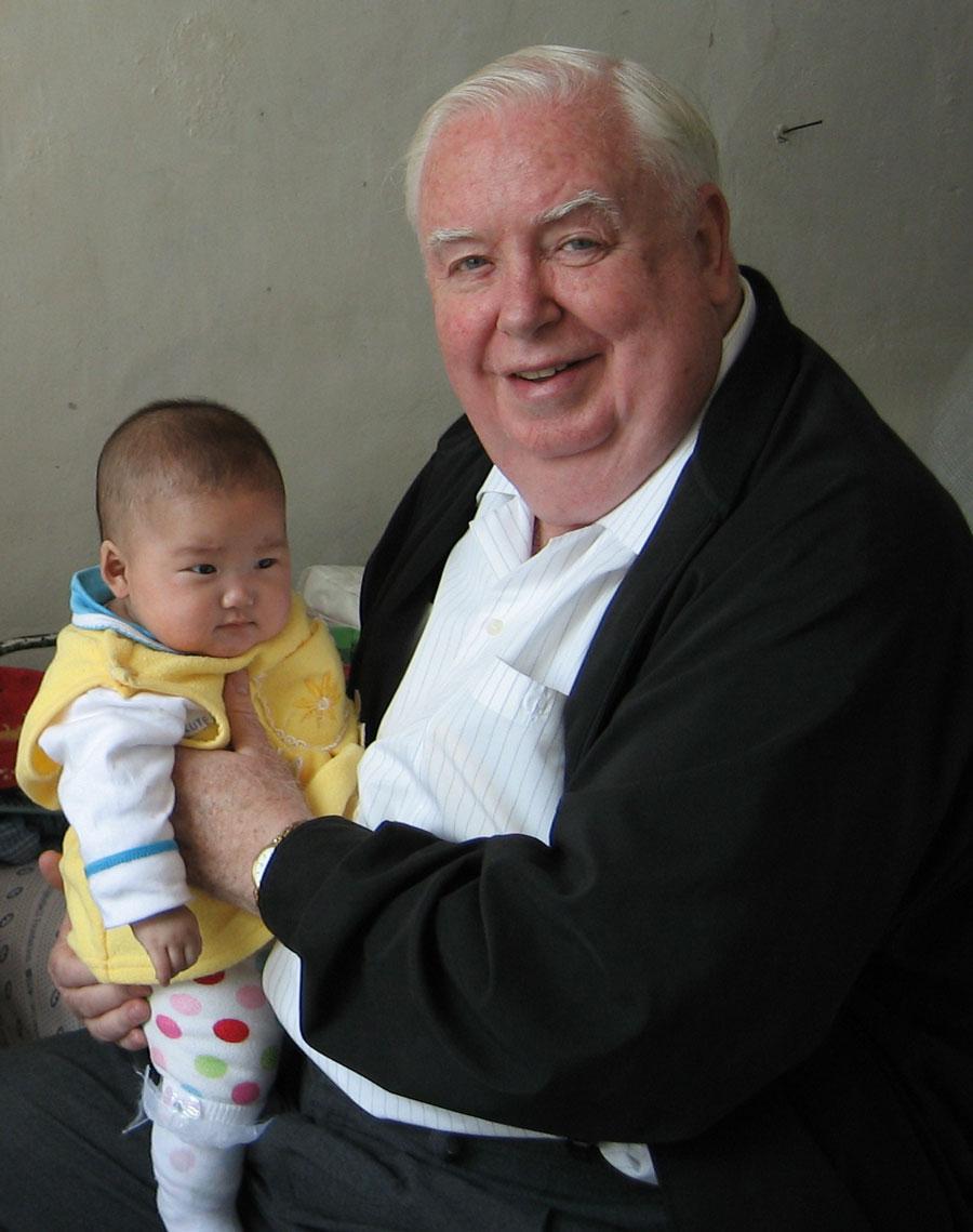 Padre Maryknoll Gerard Hammond ha servido en Corea del Sur desde su asignación misionera a ese país en 1960 y viaja a Corea del Norte para brindar ayuda humanitaria.